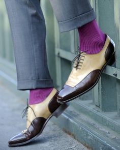 A pop of color with aubergine socks to shock the pants out of others! Brilliant combination!