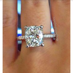 Engagement ring www.ScarlettAvery.com