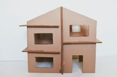 recycled cardboard play house - for the boys playmobile!