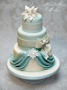 Pretty Christmas Cake <3<3
