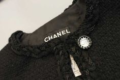 Making of the Chanel Little Black Jacket: Details. © Chanel.