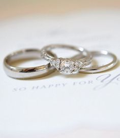 Love this vintage-inspired diamond engagement ring.