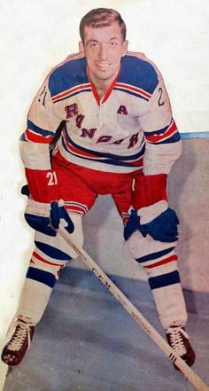 Rangers Hockey, Women's Hockey, Blackhawks Hockey, Hockey Girls, Chicago Blackhawks, Hockey Players, Tyler Seguin, Tim Hortons, Good Old Times