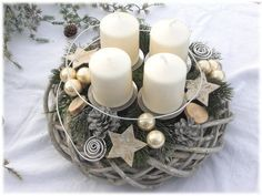 Advent Wreath – Country willow wreath, Shabby by Tinas-art-of-deco on DaWand … - Diy Winter Deko Christmas Advent Wreath, Christmas Mood, All Things Christmas, Advent Wreaths, Diy Christmas Crafts To Sell, Diy And Crafts, Advent Candles, Deco Floral, Theme Noel