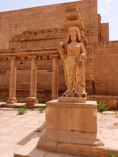 Queen Bona Dimyoun's statue in Hatrra city, Ninawa province- Iraq