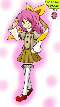 It's the cute little cupcake...as a cute little girl :3
