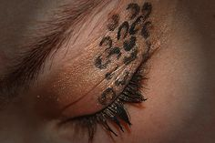 Wish I could pull this look. Cheetah print eye shadow that looks super fierce! Beauty Make Up, Hair Beauty, Leopard Eyes, Makeup Tips, Hair Makeup, Contour Makeup, War Paint, Girly Things, Fun Things