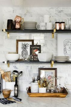 Open kitchen shelves More / cuisine / home interior design / cuisine idee decoration / dream house / Kitchen Interior, New Kitchen, Kitchen Ideas, Apartment Kitchen, Eclectic Kitchen, Country Kitchen, Open Shelf Kitchen, Kitchen Feature Wall, Design Kitchen