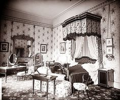 Queen Victoria's bedroom, Buckingham Palace