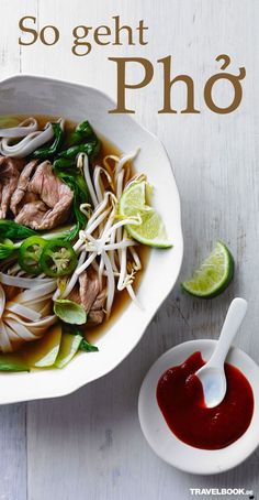 Asian Recipes Pho and Vietnam belong together like France and Crepes, Italy and Pi … Bun Burger, Soup Recipes, Cooking Recipes, Pizza Recipes, Asian Recipes, Healthy Recipes, Asian Soup, Think Food, International Recipes