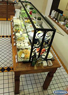 Mesa Fria de Saladas, para Balcão de Restaurante Self Service (exposição e serviço refrigerados).