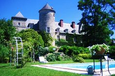 Private Chateau in France perfect for Special Events and Weddings. Chateau Raysse.