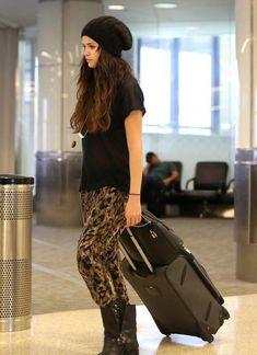 Celebrity Street Style Selena Gomez
