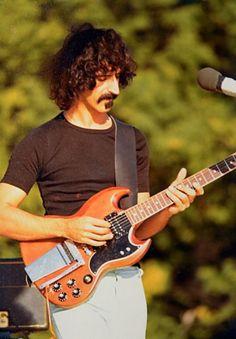 Frank Zappa b Baltimore Music Film, Music Icon, Sound Music, Music Music, Rock Roll, Elvis Presley, Frank Vincent, Gibson Sg, Rock Legends