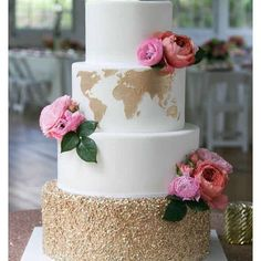 Thanks @buzzfeed for including this cake in your top 25 of 2015! We designed this cake for @amychampagneevents client. The couple loved to travel so @calleeolivia hand cut a gold world map. Flowers: @fleurescent