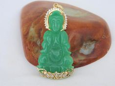 Vintage 18K Yellow Gold Apple Green Jadeite Jade & White Topaz