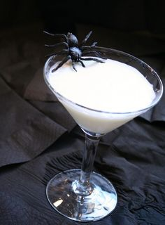 Liquified Ghost- Vanilla Vodka, Cream, and  Sprite