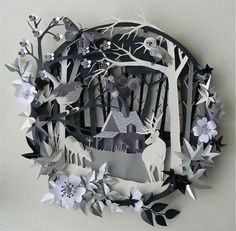 Paper cutting is an amazing art which requires high level skill.The paper cutting artists usually works with fine pieces of paper to craft an artwork. Kirigami, 3d Paper Art, Paper Artwork, Paper Cutting Art, Paper Artist, Paper Paper, Paper Cut Out Art, 3d Paper Crafts, Arte Pop Up