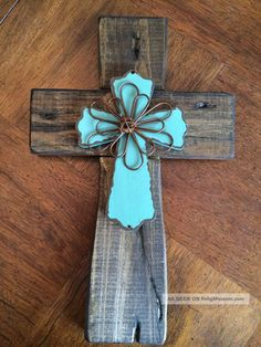 Wooden Rustic/Primitive Religious Home Décor Hanging Signs Cross Wall Decor, Crosses Decor, Wood Crosses, Rustic Cross, Sign Of The Cross, Mosaic Crosses, Cross Crafts, Turquoise Flowers, Cross Patterns
