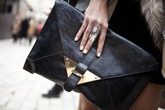 Love the bag! Ring too but my fingers are too small!