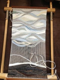 a Fiberarts adventure: Tapestry Weaving and Knitted Flowers ---------------------------------------------- I'm interested in the wave pattern in the design Weaving Yarn, Weaving Textiles, Weaving Patterns, Hand Weaving, Tapestry Loom, Knitted Flowers, Art Textile, Weaving Projects, Woven Wall Hanging