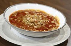 Συνταγές με φαγόπυρο :-) Φακές με Φαγόπυρο. Chili, Soup, Chile, Soups, Chilis