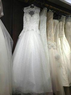童话汇礼服馆,西班牙新款高领蕾丝婚纱,尺寸可定制,支持多种尺寸,专柜品质,欢迎馆内垂询!