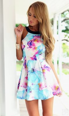 Flower print mini tank dress is 2015 summer 2016 sprint fashion trench. This short a-line empire dress is suit for cocktail prom and evening dress.