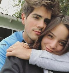 Discover recipes, home ideas, style inspiration and other ideas to try. Cute Couple Selfies, Cute Couple Poses, Couple Photoshoot Poses, Cute Couples Photos, Cute Poses, Couple Photography Poses, Cute Couple Pictures, Poses For Pictures, Cute Couples Goals