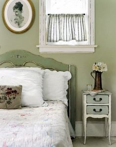 I love these green colors, cute for guest room, or a bathroom with ruffly curtains and stuff instead of the bed to keep all the texture in the room :)