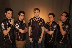 League of Legends team Fnatic! They Rock <3