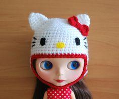 Crochet+Hello+Kitty+Inspired+Helmet+for+Blythe+by+poppytreelane,+$23.00