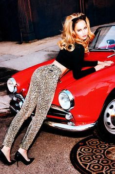 Celeb Diary: Jennifer Lawrence in Vanity Fair (februarie 2013)