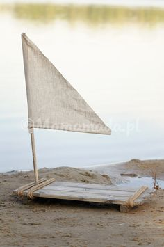 apoyo de balsa madera vintage prop de la balsa prop de por Mamamada
