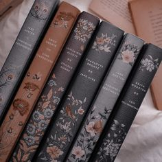 Brown Aesthetic, Aesthetic Vintage, Aesthetic Photo, Aesthetic Art, Aesthetic Pictures, Photocollage, Princess Aesthetic, New Wall, Book Worms