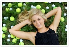 Senior pictures idea, fresh way to make sports unique ! #seniorpictures #tennis