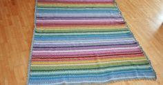 Nach 76 Tagen ist es nun geschafft! Meine Decke ist endlich fertig! Eigentlich wollte ich ja bis Ostern fertig sein... na ja, hat nicht ganz...