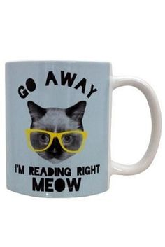 Reading Right Meow Mug | 23 Awesome Mugs Only Book Nerds Will Appreciate
