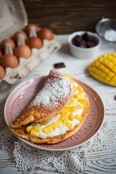 Keto Snacks, Food Photo, Waffles, Healthy Lifestyle, Brunch, Lunch Box, Menu, Sweets, Healthy Recipes