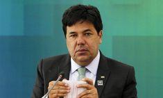 """A constituição federal traz acompetência privativa da União pra legislar sobre educaçãoe também fala que essas competências tem que passar poraprovação do Congresso"""",explicouFilipe BarrosaoD…"""