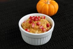 Pumpkin & Spice Overnight Oatmeal (great for work-day breakfasts)