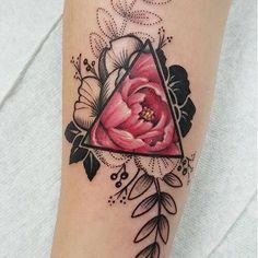 Amazing flower tattoo  @tattooinkspo @tattooinkspo