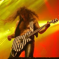 stage colors deluxe! #axelritt #the_real_ironfinger #gravedigger #europeantour #2017 #stage #metal #z7 #switzerland