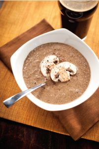 Cream of wild mushroom soup with stout - Delicious low cal recipe