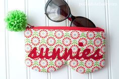 PatternPile.com - Hundreds of Patterns for Making Handbags, Totes, Purses, Backpacks, Clutches, and more. | Sunnies Sunglasses Case – Free Pattern | http://patternpile.com/sewing-patterns