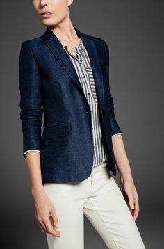 I'd love a fitted blazer, but maybe in a herringbone pattern. Black and grey are boring.   Abrigos & Chaquetas - NUEVA TEMPORADA - WOMEN - España