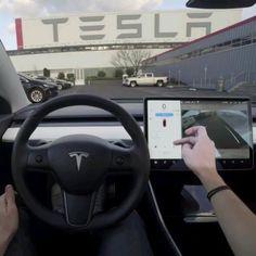 Step by step guide to parking a Tesla: Step Initiate Autopark Audi, Bmw, Porsche, Tesla Range, My Dream Car, Dream Cars, Tesla Video, Tesla Interior, New Tesla