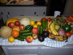 sooo many fruits and veggies from the walmart dumpster
