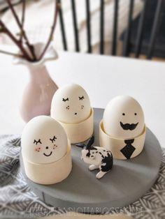 Ostereier mit Gesicht - lilliundlotta.blogspot.de Hoppy Easter, Easter Bunny, Easter Eggs, Funny Eggs, Easter Specials, Easter Egg Designs, Diy Ostern, Diy Easter Decorations, Easter Celebration