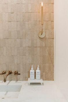 Bathroom Inspo, Bathroom Inspiration, Interior Design Inspiration, Earthy Bathroom, Simple Bathroom, Bathroom Styling, Modern Bathroom, Bathroom Renos, Master Bathroom